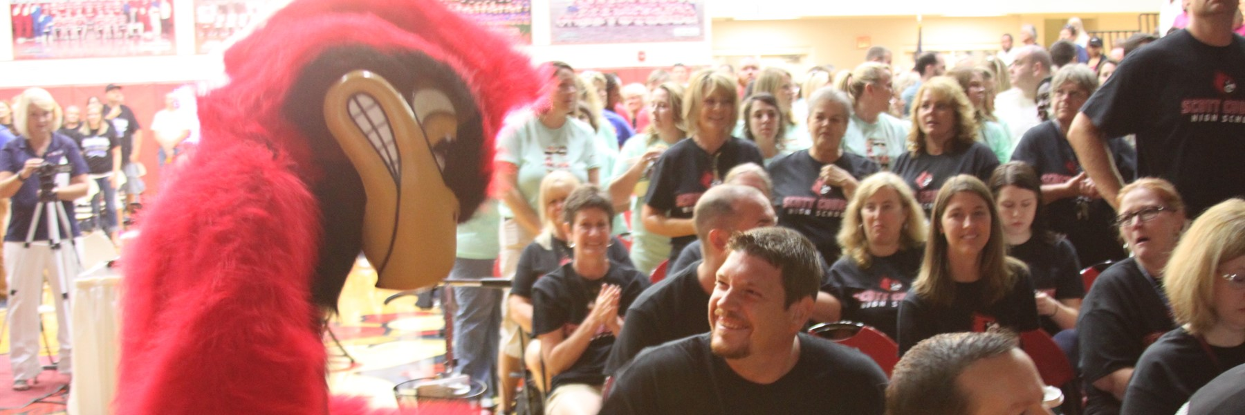 Scotty the Cardinal with Ninth Grade Staff